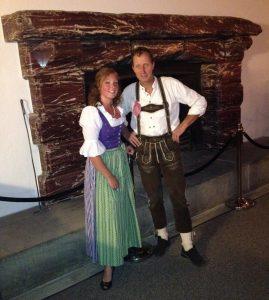 Gastgeber Nadine Schmuck und Rudi Kastner