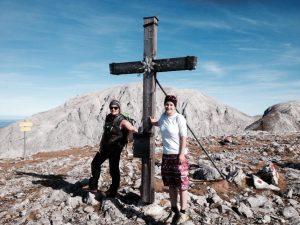 Gipfel Hohes Brett mit Blick auf Hohen Göll